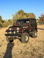 Overjeansed Jeep