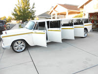 Nine-Door Wagon: Checker Aerobus