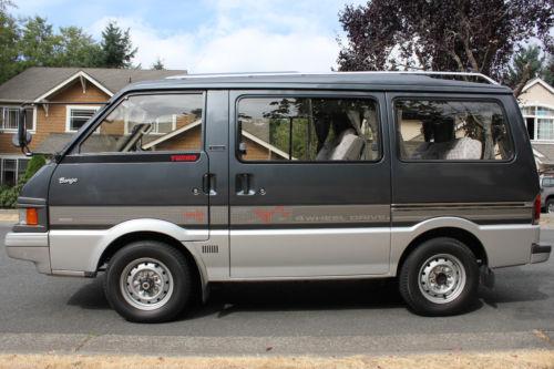 Hotbox? 1990 Mazda Bongo 4WD Van